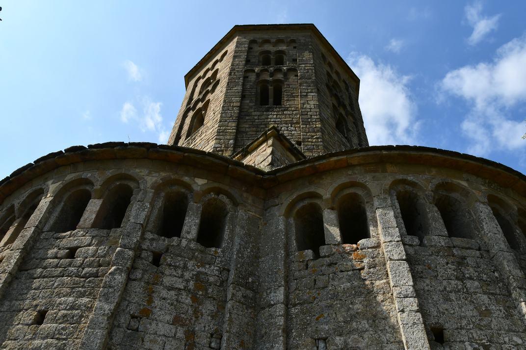 Absis de l'església-canònica de Sant Pere de Ponts