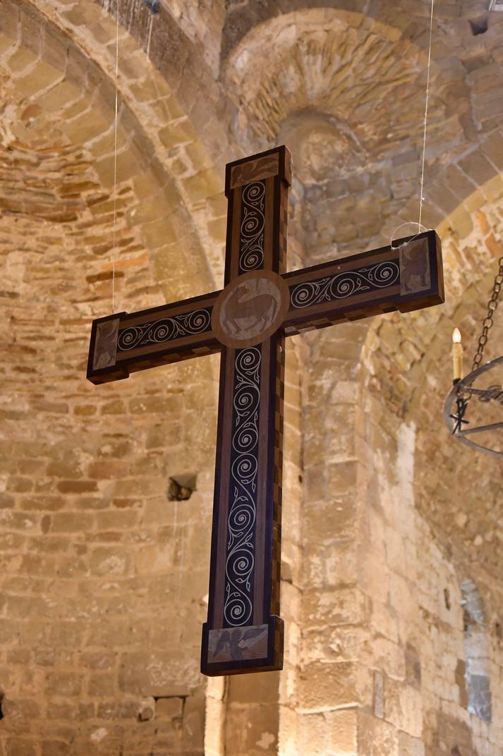 Creu de l'església-canònica de Sant Pere de Ponts
