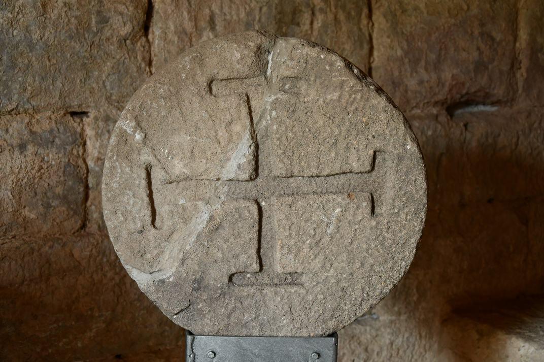Troballes arqueològiques del museu de l'església-canònica de Sant Pere de Ponts