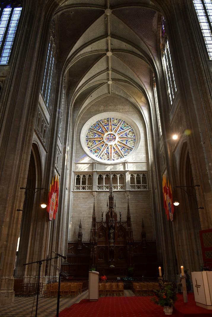 Altar de la Verge del Transsepte de la Catedral d'Orleans