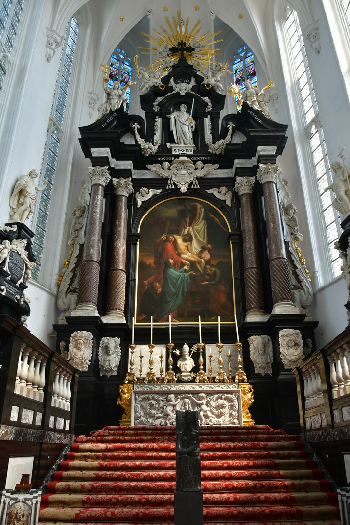 Altar major de l'església de Sant Pau d'Anvers