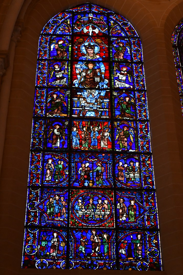 Bella Vidriera de la Catedral de Chartres