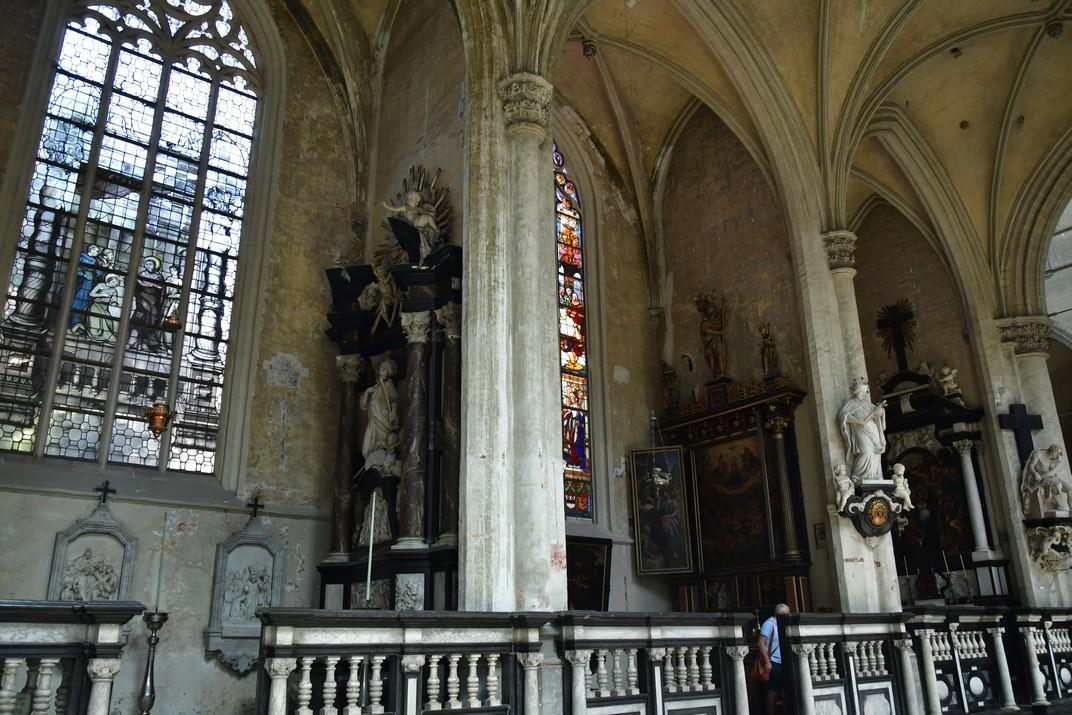 Capelles laterals de l'església de Sant Jaume d'Anvers