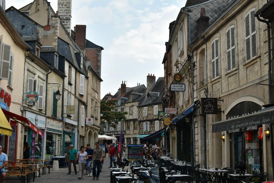Carrer de la plaça Gordaine de Bourges