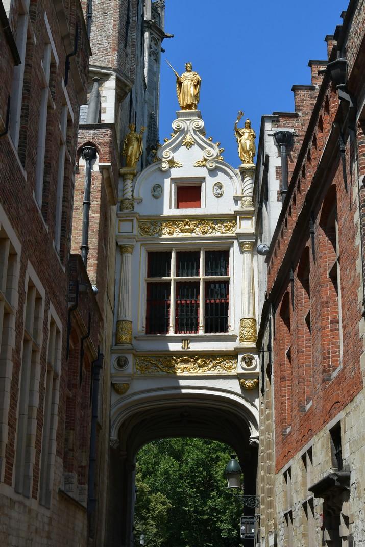 Carreró de la plaça del Burg de Bruges