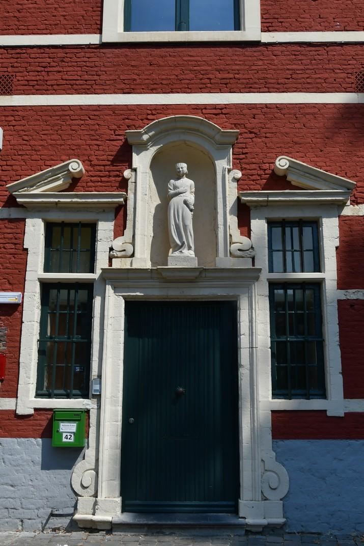 Cases de l'Antic Beateri de Santa Isabel de Gant