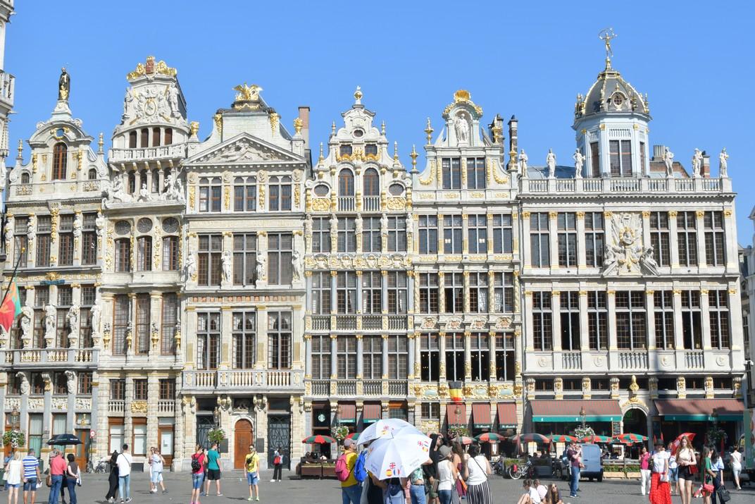 Cases del costat oest de la Gran Plaça de Brussel·les