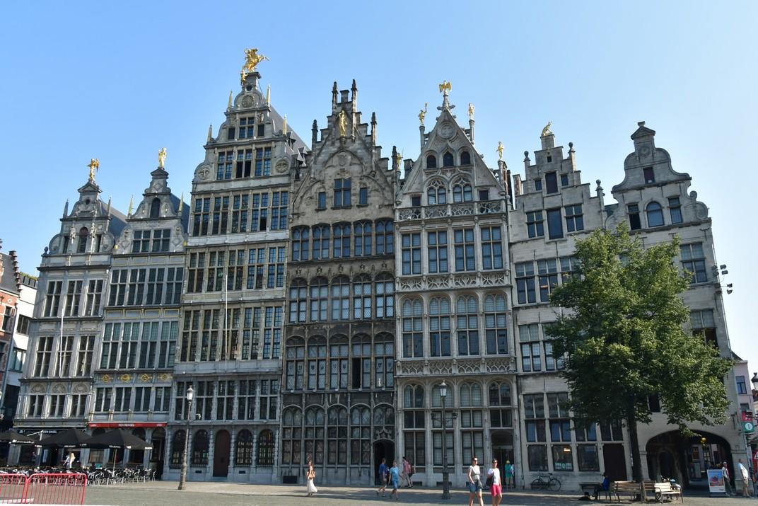 Cases gremials de la plaça del Mercat Gran d'Anvers