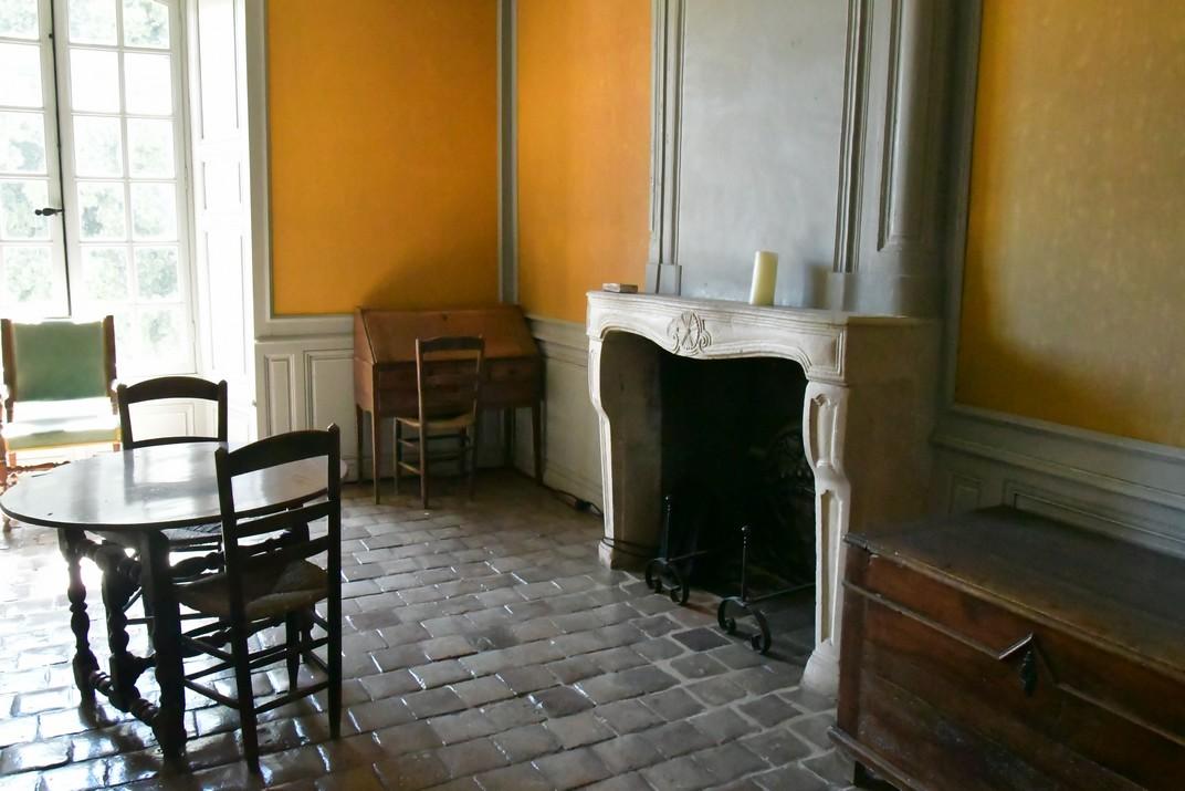 Cel·les del dormitori dels monjos de l'abadia de Noirlac