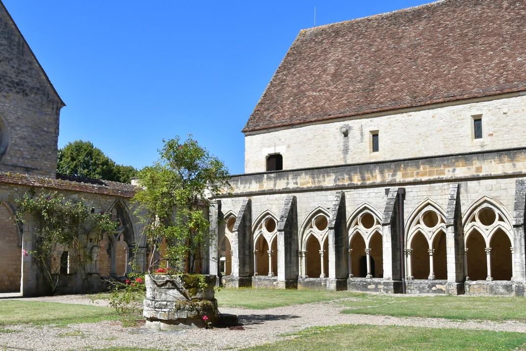 Claustre de l'abadia de Noirlac