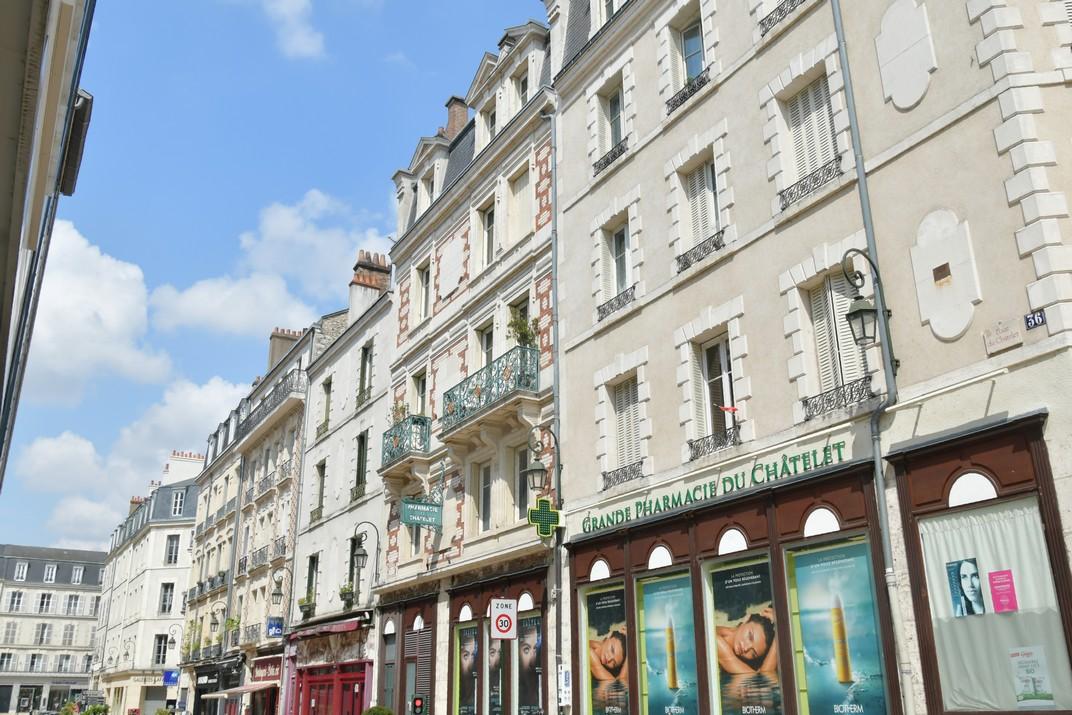Edificis de la plaça del Châtelet d'Orleans