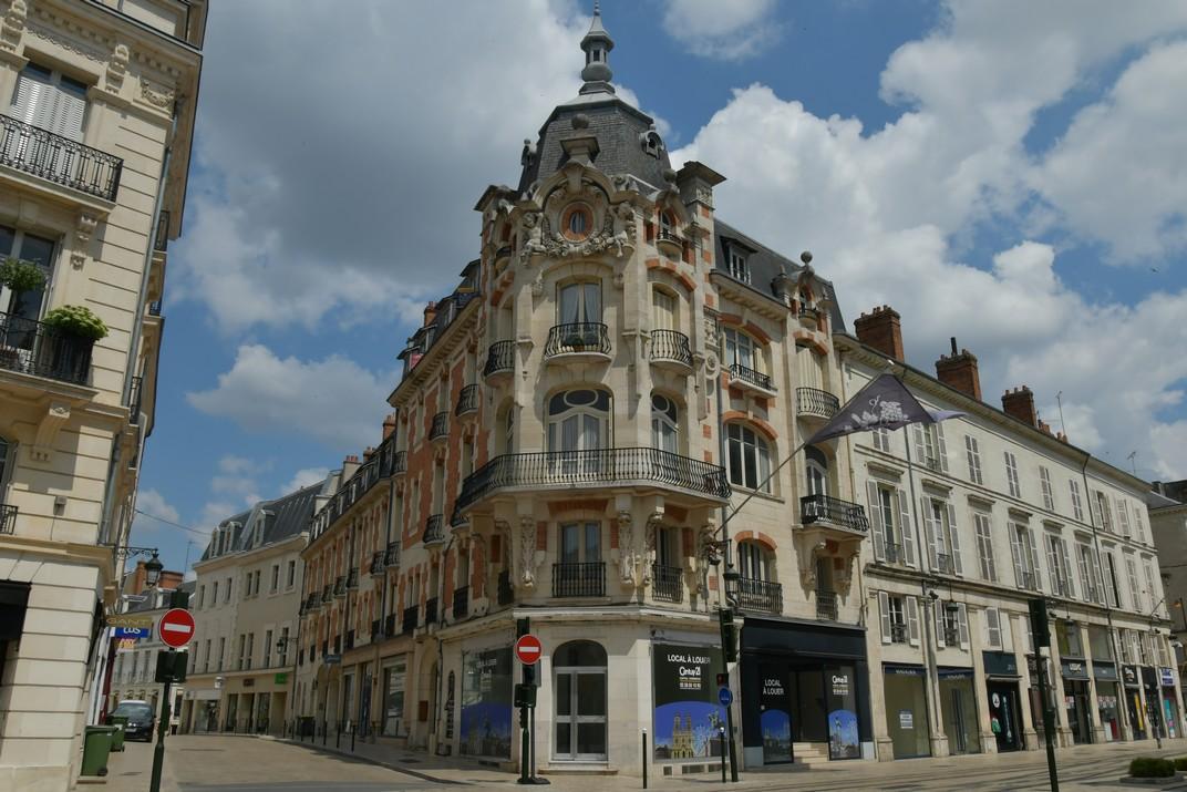 Edificis neoclàssics del carrer de Joana d'Arc d'Orleans