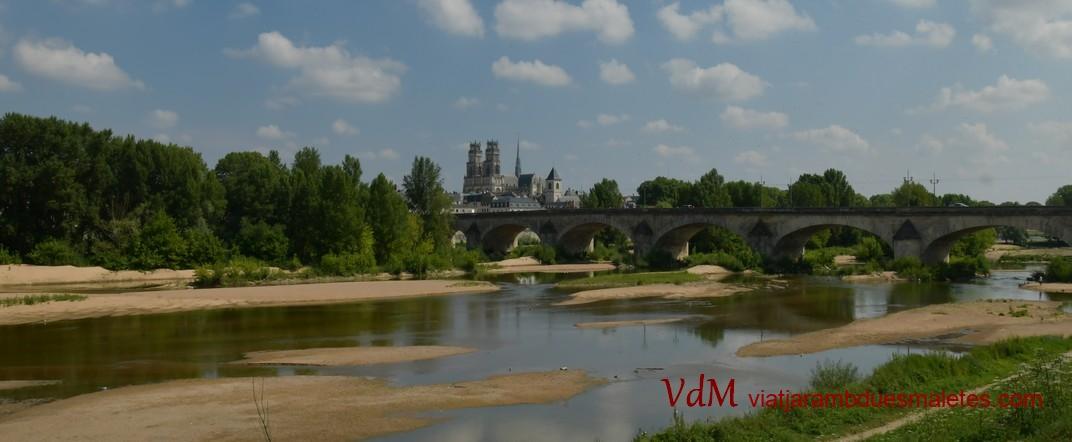 El riu Loira d'Orleans