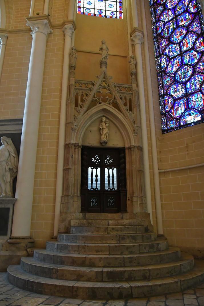 Entrada de la capella de Sant Piat de la Catedral de Chartres