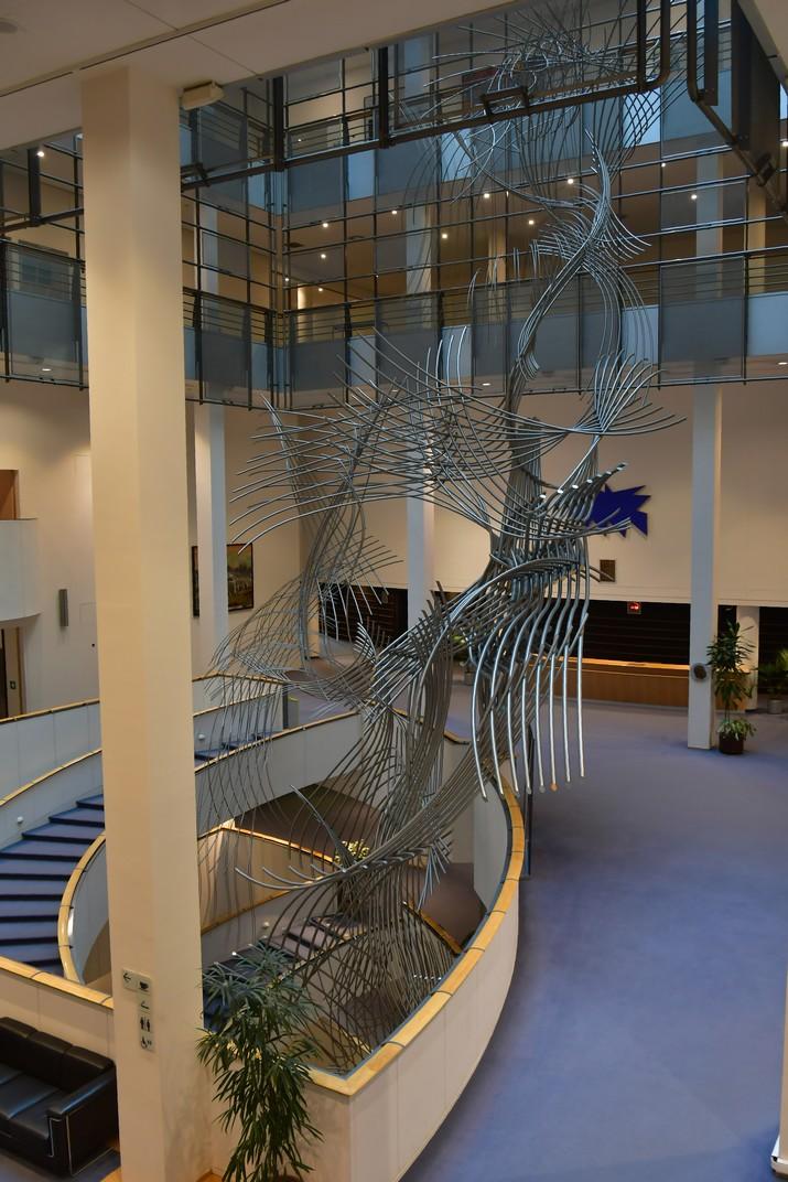 Escultura Confluències del Parlament Europeu de Brussel·les