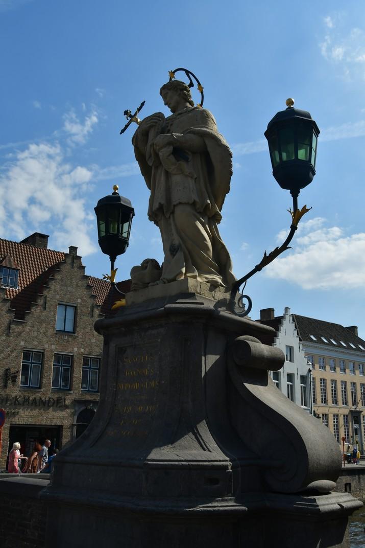 Escultura de Joan Nepomucè de Bruges