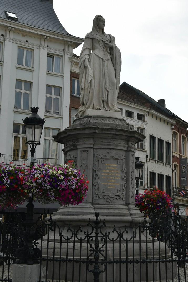 Escultura de Margarida d'Àustria de Malines