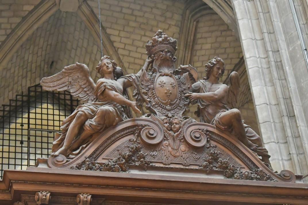 Escut Reial del Cor de la Catedral d'Orleans