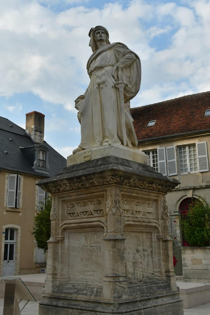 Estàtua de Jacques Coeur de Bourges