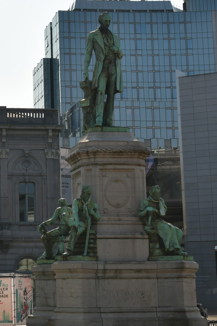 Estàtua de John Cockerill de la plaça de Luxemburg de Brussel·les