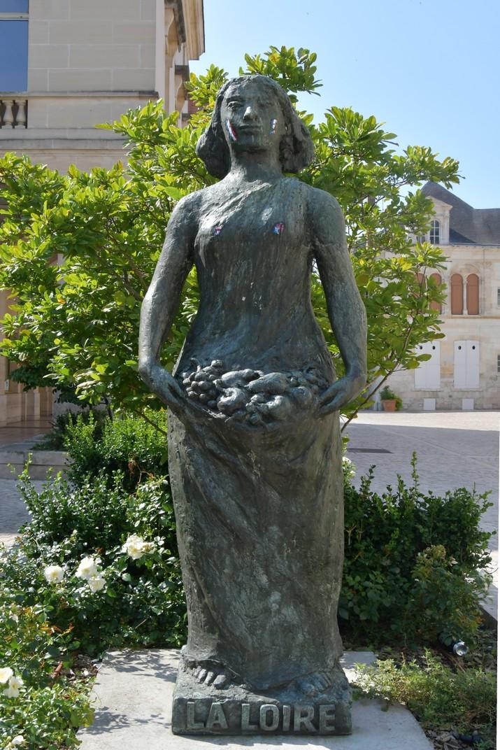 Estàtua del Loira d'Orleans