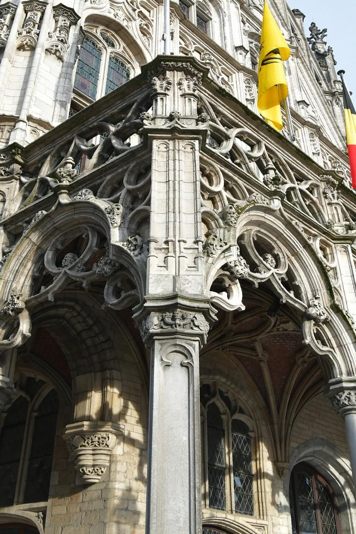 Exterior del Palau del Gran Consell de l'Ajuntament de Malines