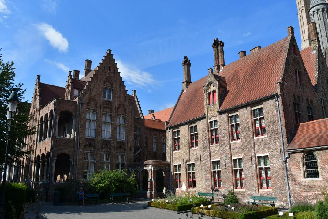 Hospital de Sant Joan de Bruges