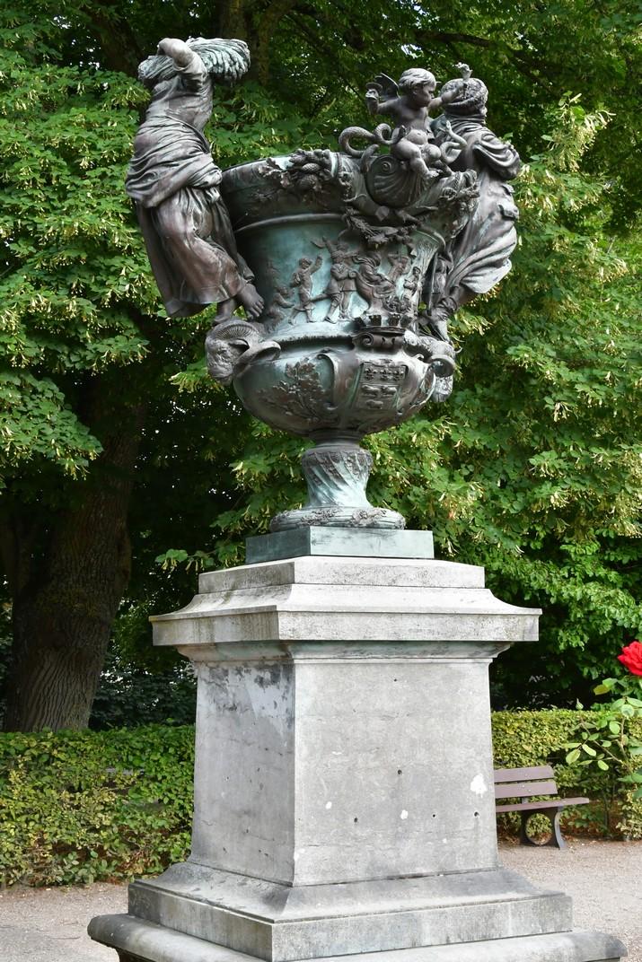 Jarres dels jardins de l'Arquebisbat de Bourges