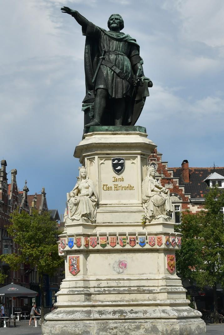 Monument de Jacob van Artevelde de la Plaça del Mercat del Divendres de Gant