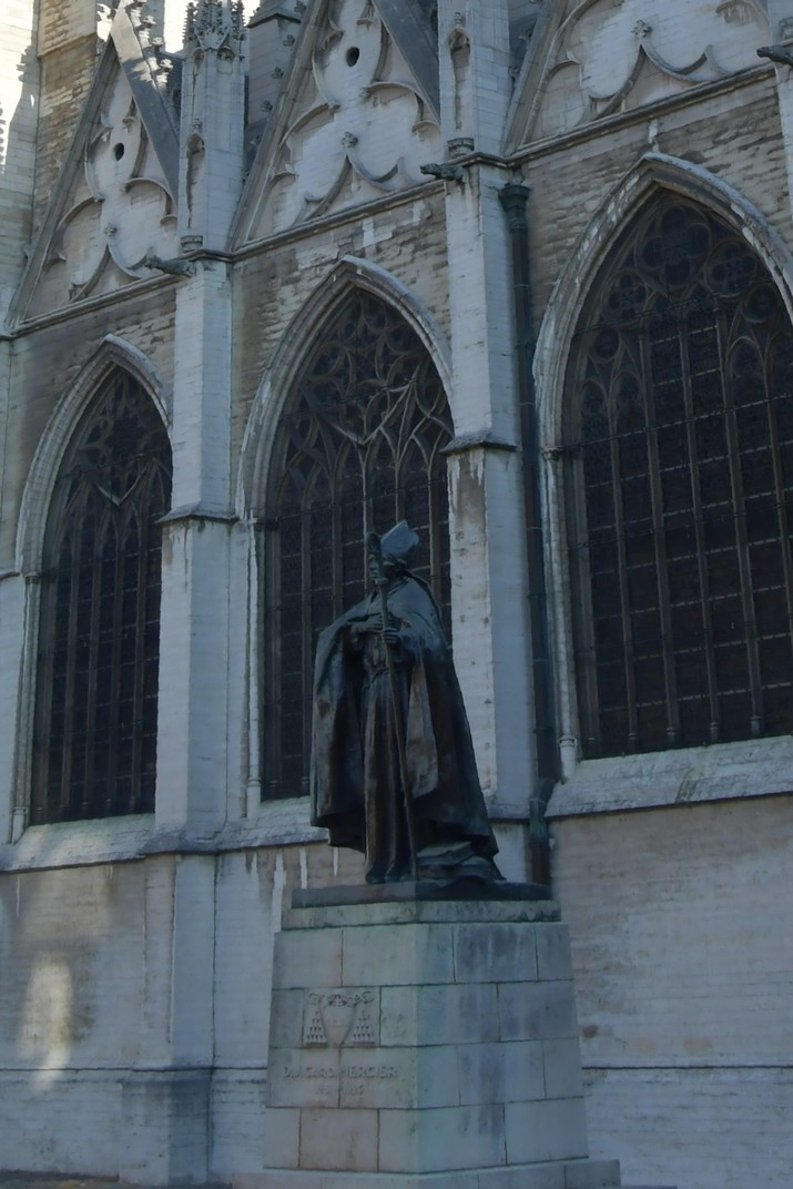 Monument del Cardinal Mercier de la Catedral de Brussel·les