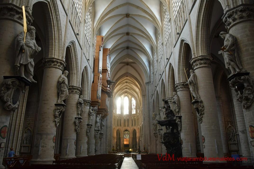 Nau central de la Catedral de Brussel·les