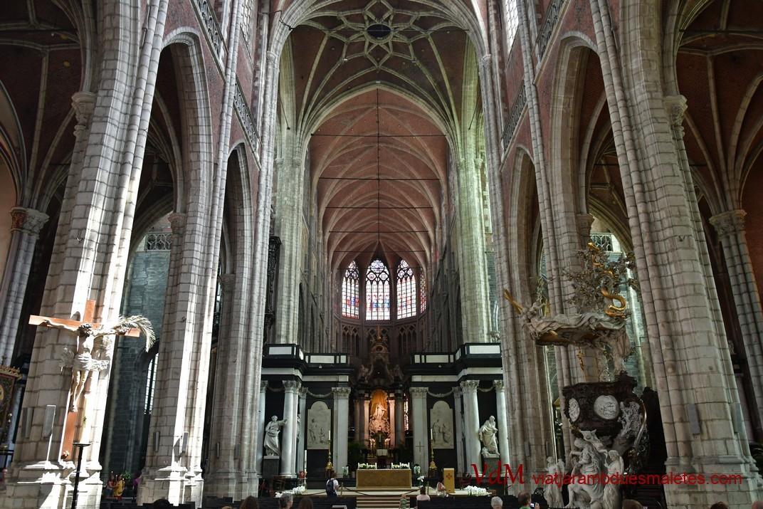 Nau central de la Catedral de Sant Bavó de Gant