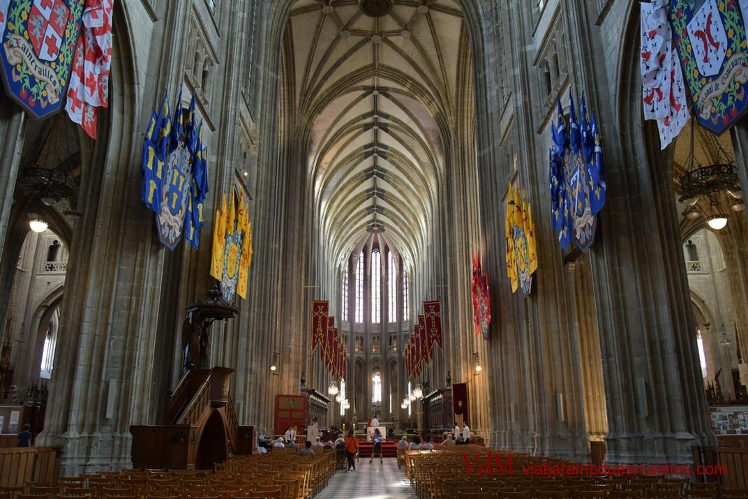 Nau central de la Catedral d'Orleans