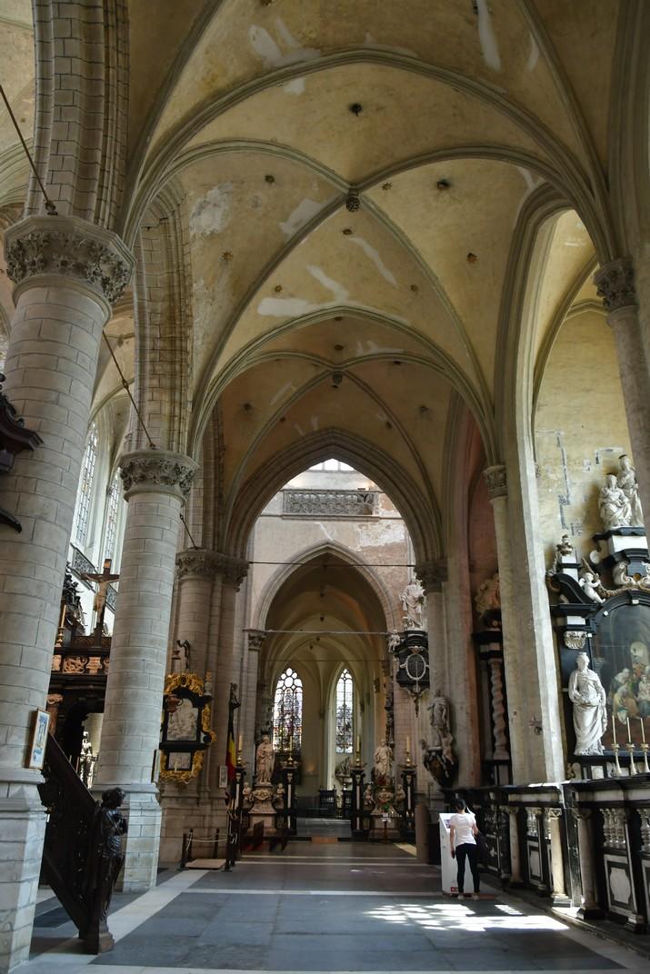 Nau lateral de l'església de Sant Jaume d'Anvers
