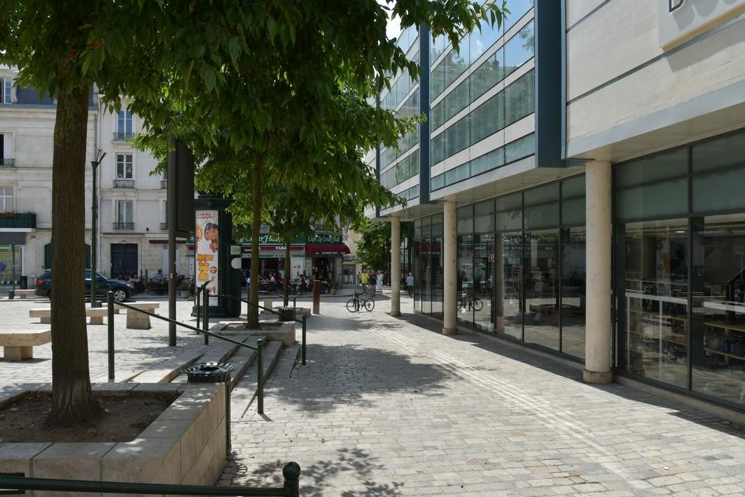 Plaça del Châtelet d'Orleans