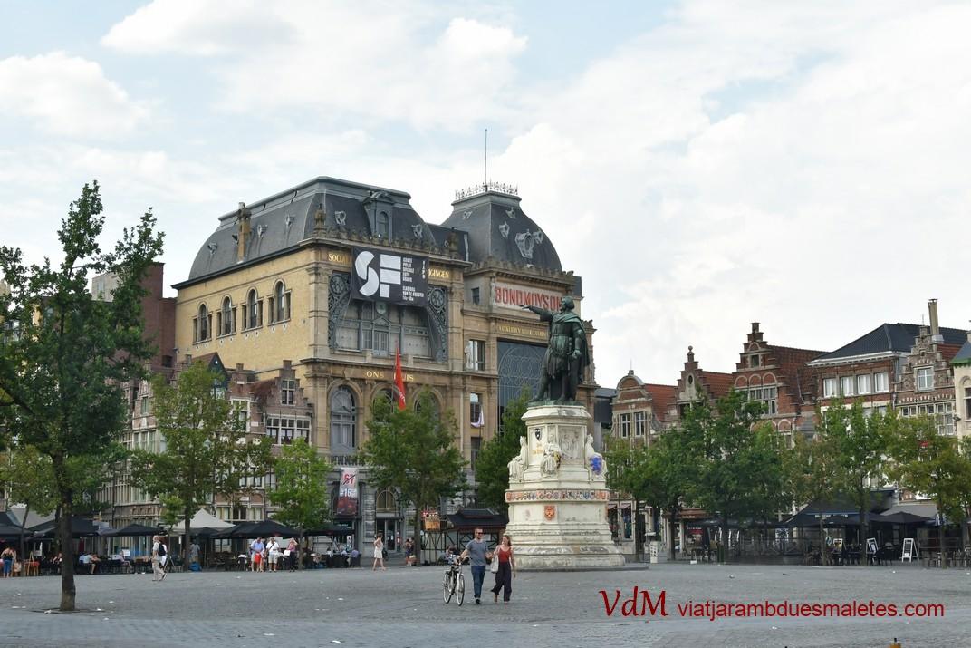 Plaça del Mercat del Divendres de Gant