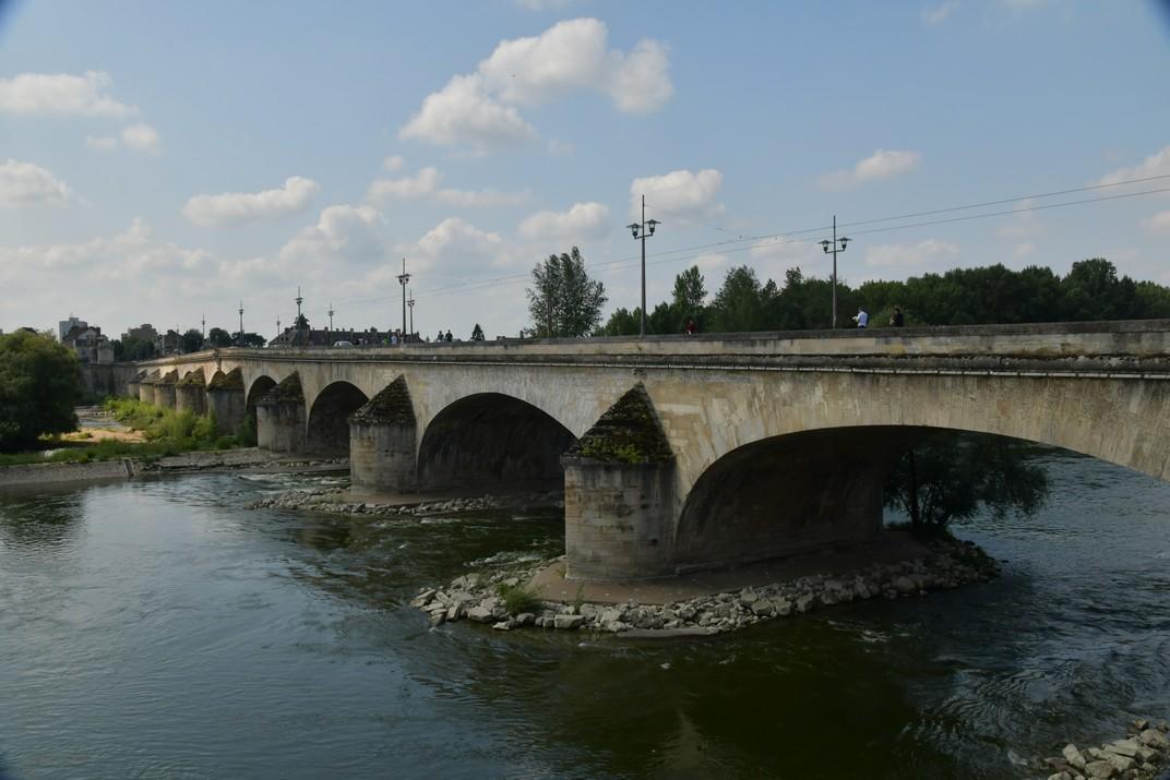 Pont Jordi V d'Orleans