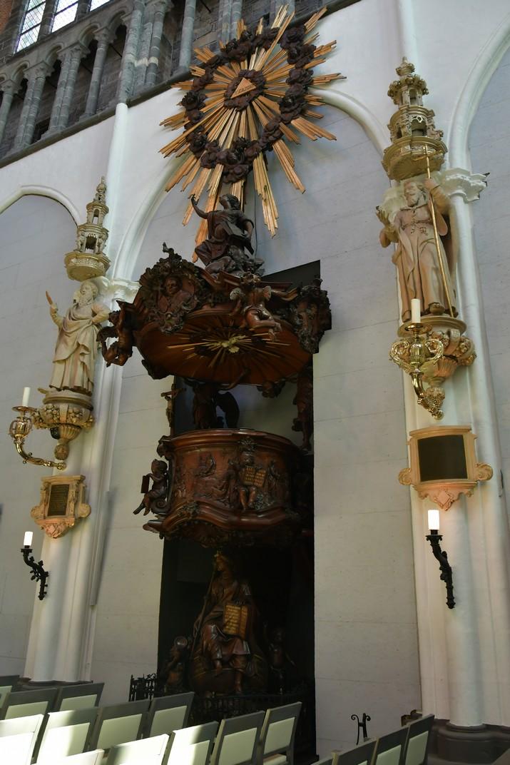Púlpit de l'església de Nostra Senyora de Bruges