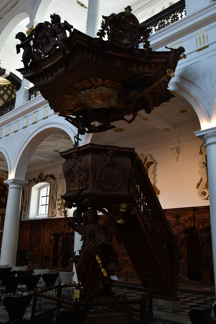 Púlpit de l'església de Sant Carles Borromeo d'Anvers