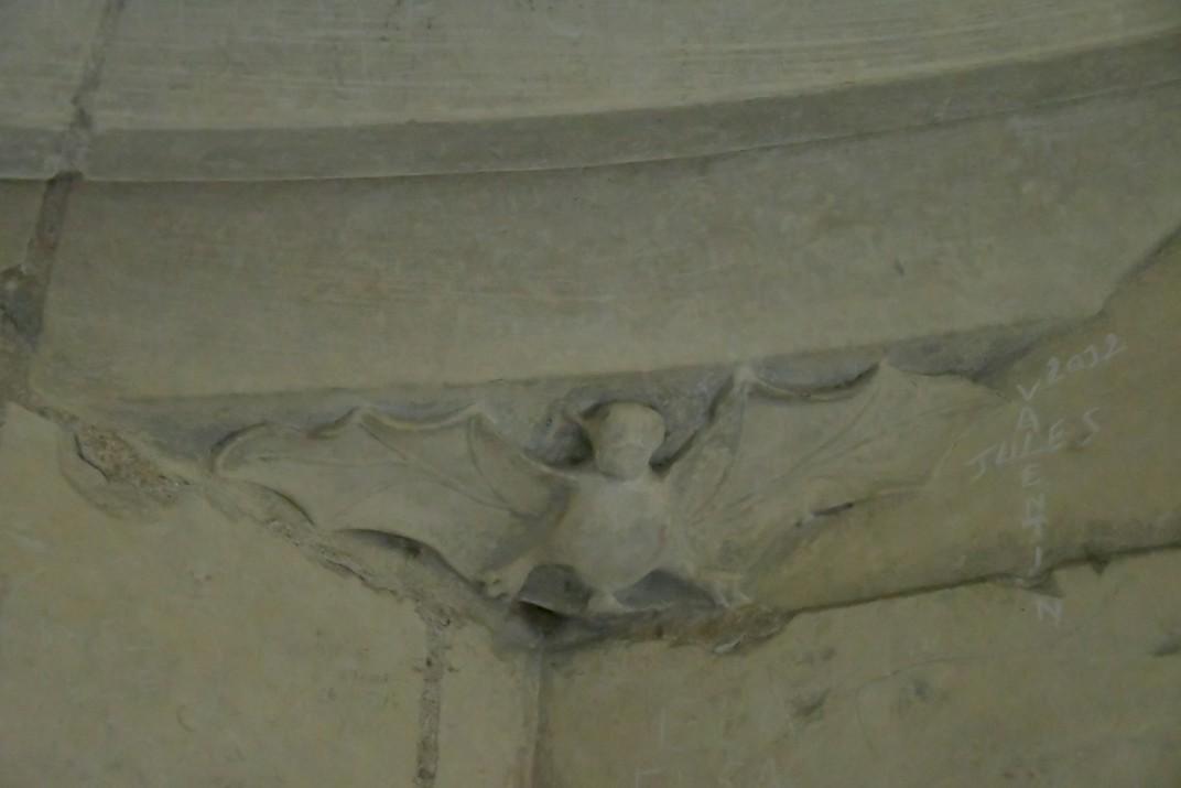 Representacions animals de la torre nord de la Catedral de Bourges