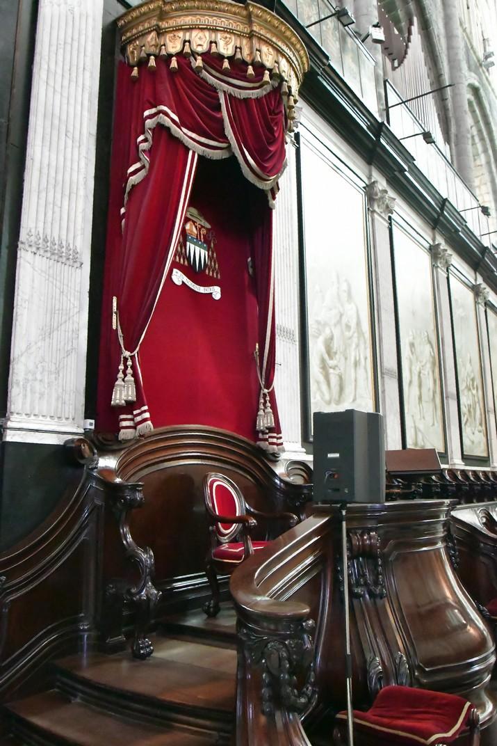 Seient del bisbe del Cor de la Catedral de Sant Bavó de Gant
