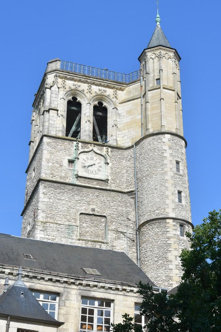 Torre del Palau de Créneaux d'Orleans