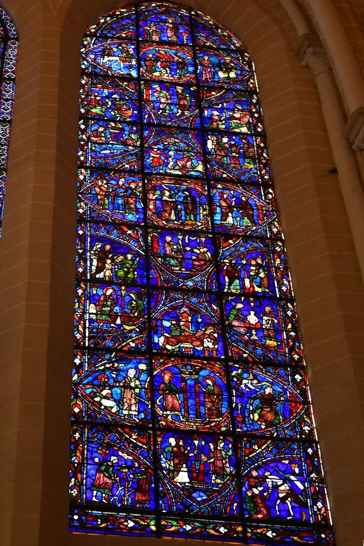 Vidriera de la vida de la Verge de la Catedral de Chartres