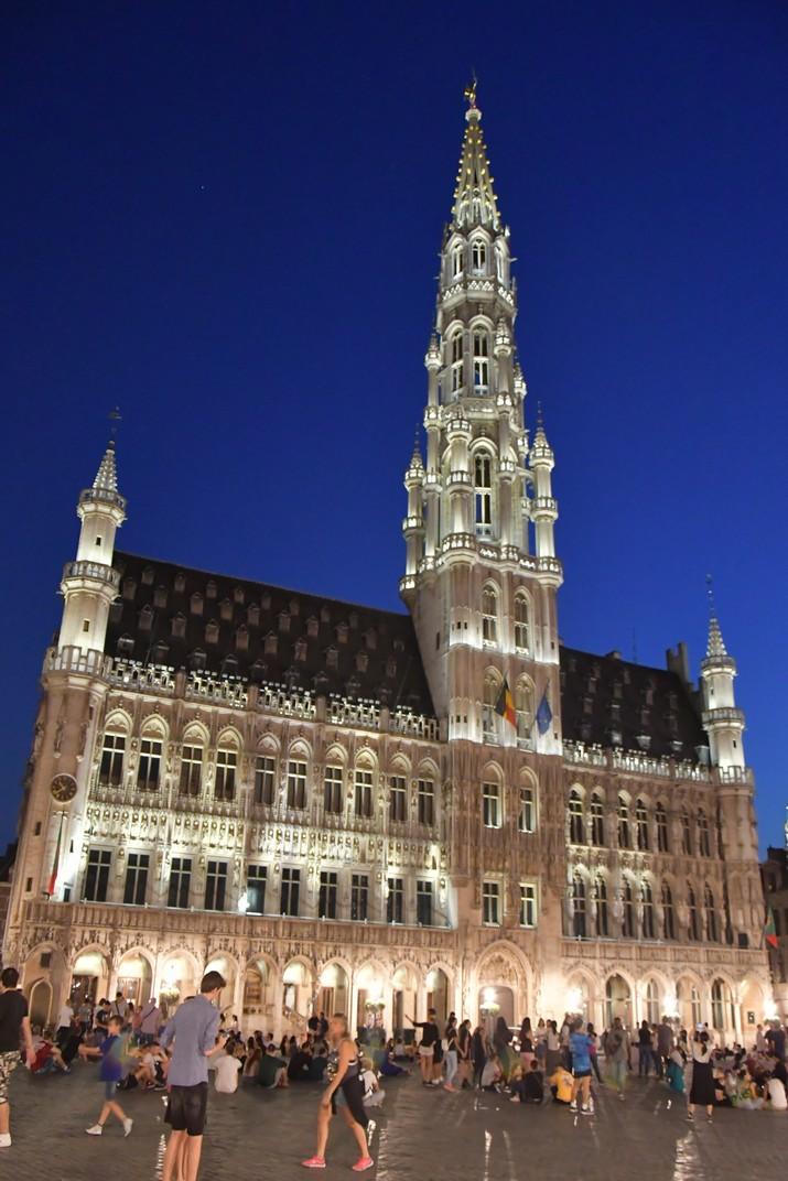 Visió nocturna de l'Ajuntament de Brussel·les