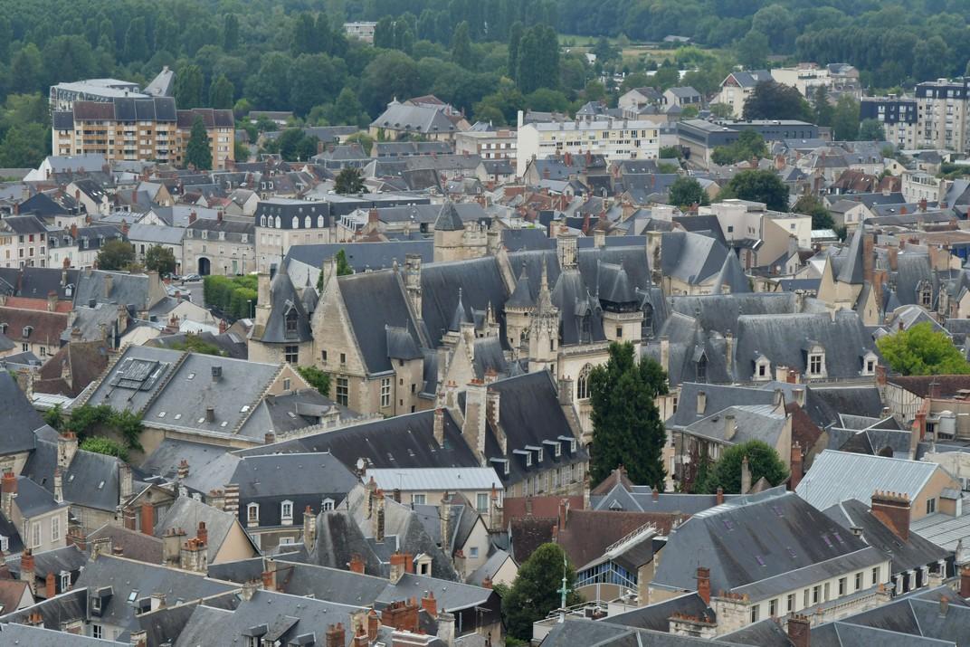 Vistes del nucli antic de Bourges
