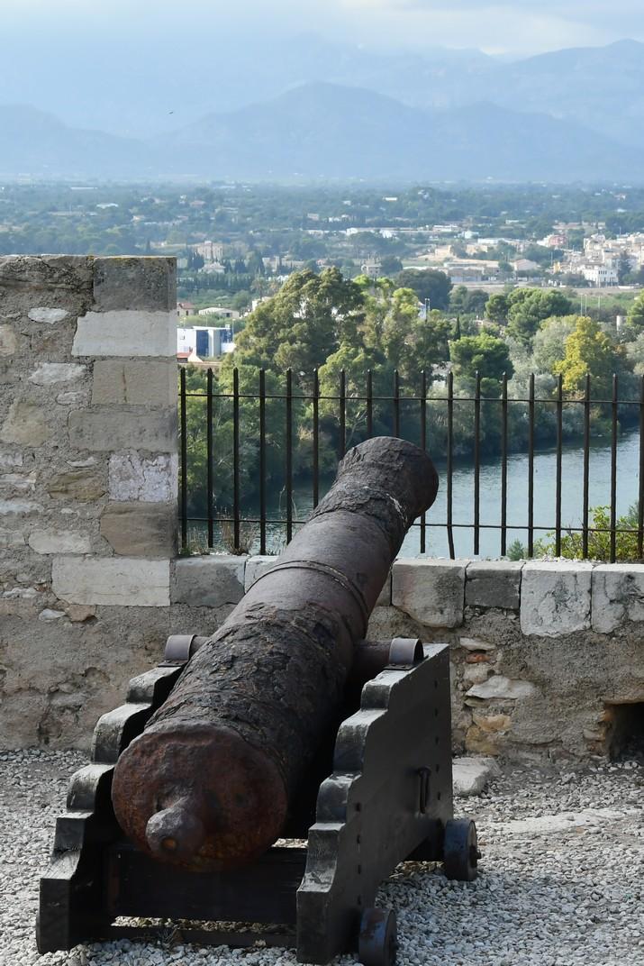Canó del castell de la Suda de Tortosa