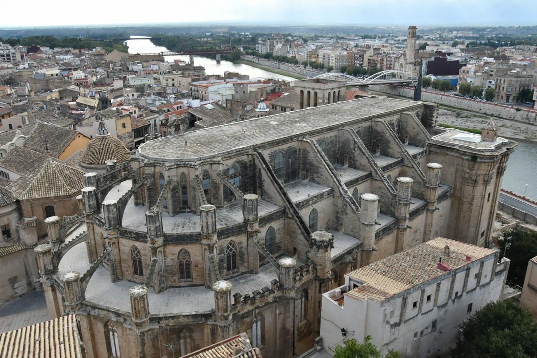 Catedral de Santa Maria des del castell de la Suda de Tortosa