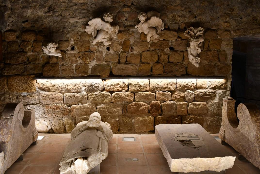 Escultures de l'exposició permanent de la Catedral de Tortosa