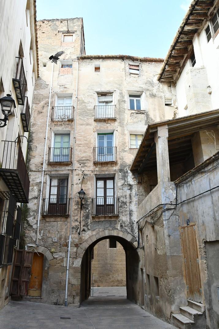 Porta de Palau de la Catedral de Tortosa