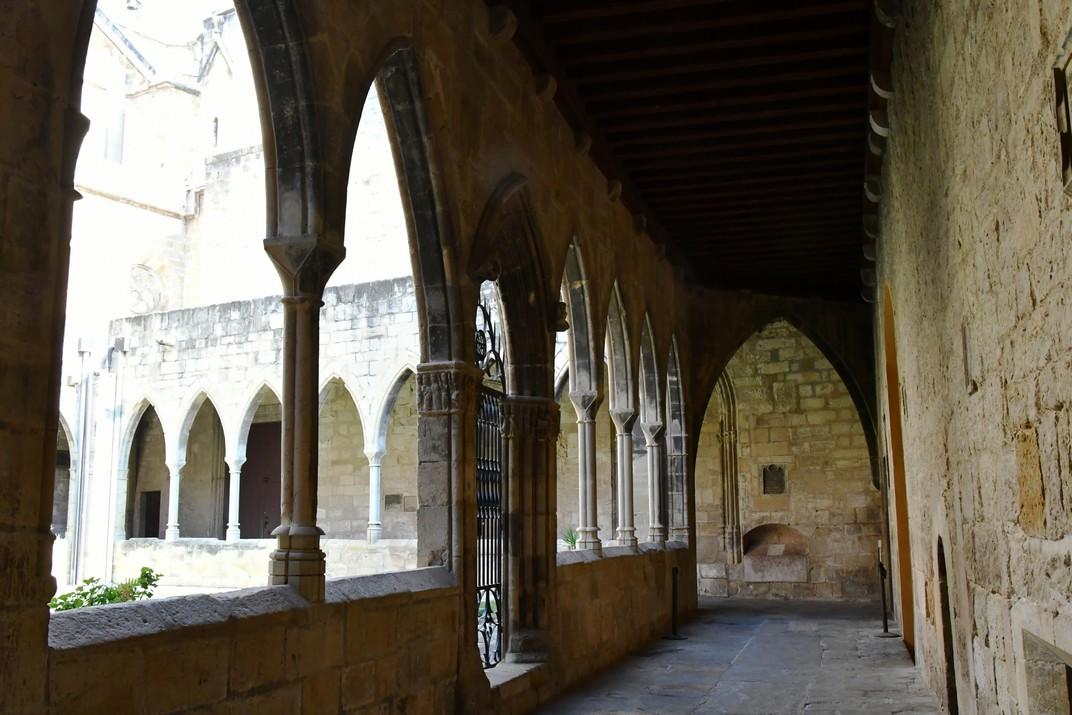 Porta del jardí del claustre de la Catedral de Santa Maria de Tortosa